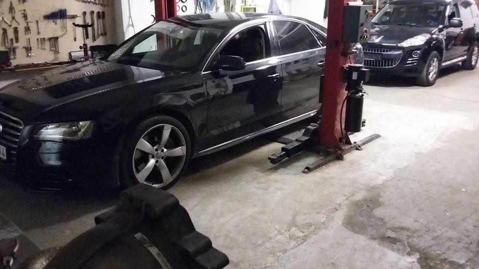 Audi A8 váltóolaj csere.
